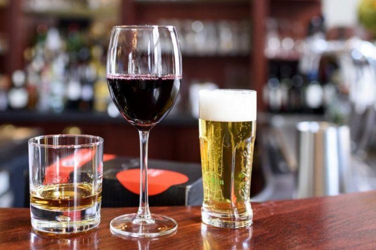 تاثیرات الکل روی دندان