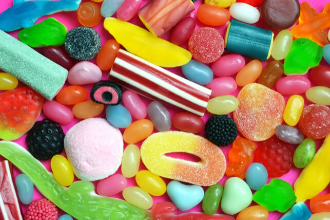 مواد غذایی که دندان را خراب می کند